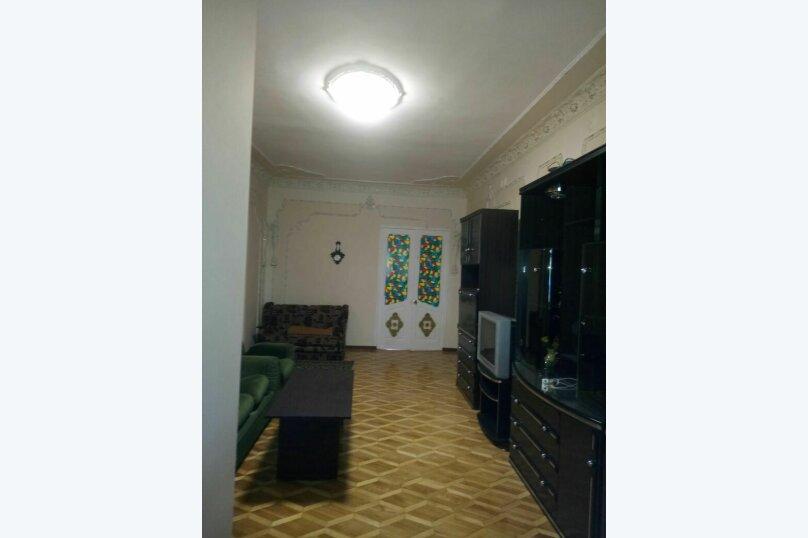 """Гостевой дом """"На Розы Люксембург 61"""", улица Розы Люксембург, 61 на 9 комнат - Фотография 5"""