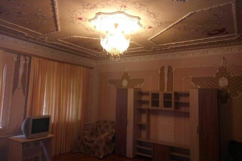 """Гостевой дом """"На Розы Люксембург 61"""", улица Розы Люксембург, 61 на 9 комнат - Фотография 10"""