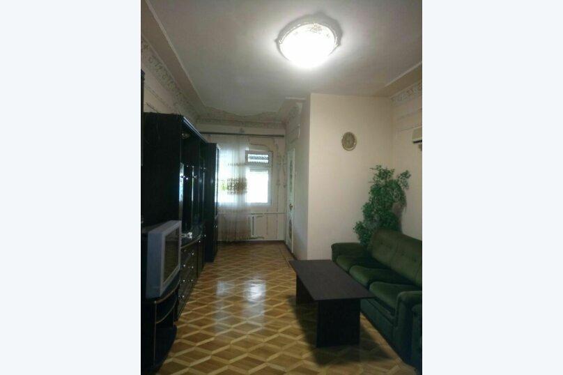 """Гостевой дом """"На Розы Люксембург 61"""", улица Розы Люксембург, 61 на 9 комнат - Фотография 11"""