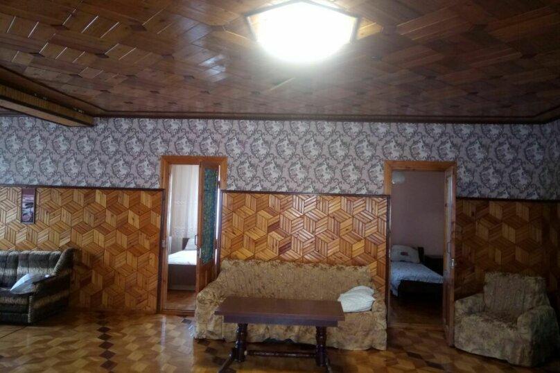 """Гостевой дом """"На Розы Люксембург 61"""", улица Розы Люксембург, 61 на 9 комнат - Фотография 21"""