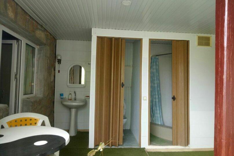 """Гостевой дом """"На Розы Люксембург 61"""", улица Розы Люксембург, 61 на 9 комнат - Фотография 30"""