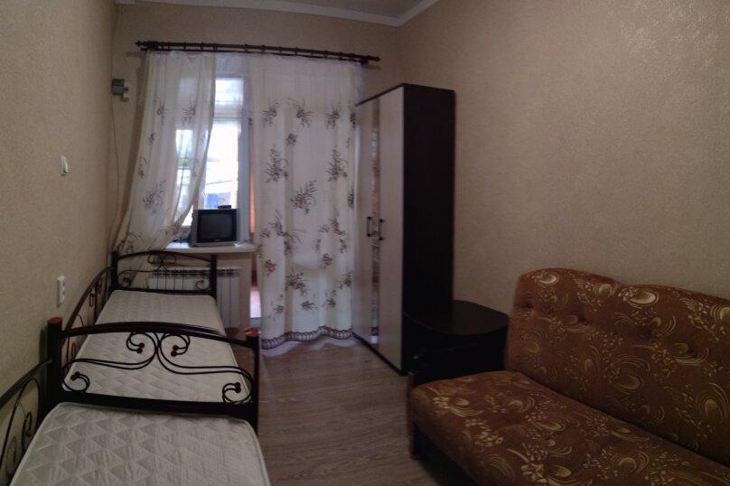 Уютный дом  со своим двориком., 30 кв.м. на 4 человека, 1 спальня, улица 8 Марта, 12, Феодосия - Фотография 7