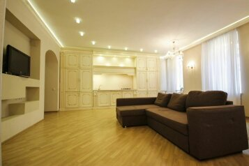 3-комн. квартира, 90 кв.м. на 6 человек, улица Глинки, 1, Санкт-Петербург - Фотография 1