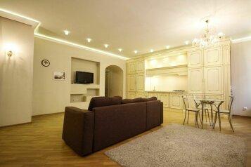 3-комн. квартира, 90 кв.м. на 6 человек, улица Глинки, 1, Санкт-Петербург - Фотография 2