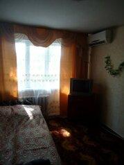 1-комн. квартира, 30 кв.м. на 4 человека, улица Островского, Ейск - Фотография 2