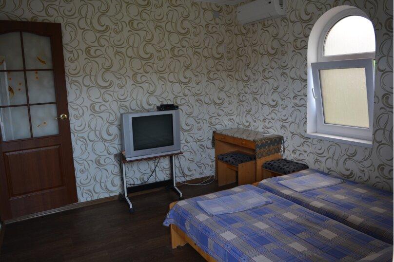 """Гостевой дом """"Уютный дворик"""", улица Ленина, 6 на 6 комнат - Фотография 6"""