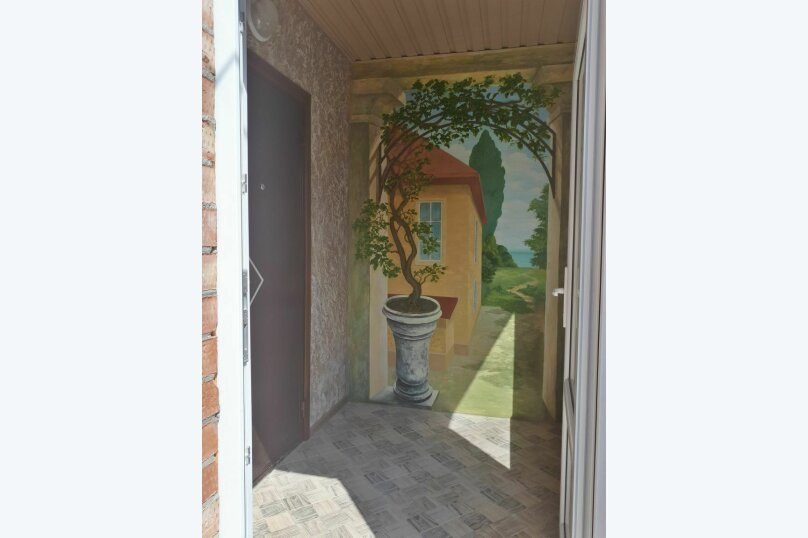 """Гостевой дом 1 """"На Енисейской"""", 100 кв.м. на 8 человек, 2 спальни, Енисейская улица, 2/9, Ейск - Фотография 1"""
