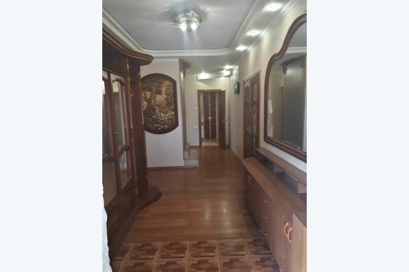 """Гостевой дом 1 """"На Енисейской"""", 100 кв.м. на 8 человек, 2 спальни, Енисейская улица, 2/9, Ейск - Фотография 2"""