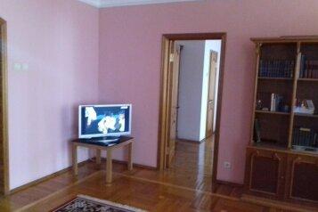 2-комн. квартира, 80 кв.м. на 5 человек, улица Грибоедова, Новороссийск - Фотография 2
