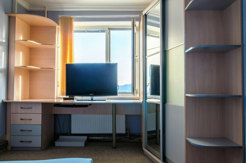 3-комн. квартира, 86 кв.м. на 6 человек, Стахановская, 12 к.1, Ялта - Фотография 12
