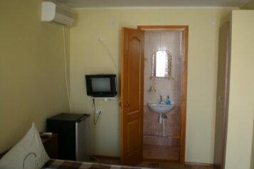 Гостевой дом , улица Владимира Симонка, 129 на 7 номеров - Фотография 2
