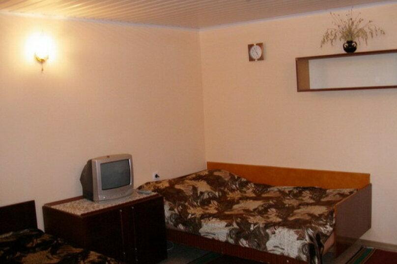 Гостевой дом Лето, Первомайская улица, 14 на 20 комнат - Фотография 32