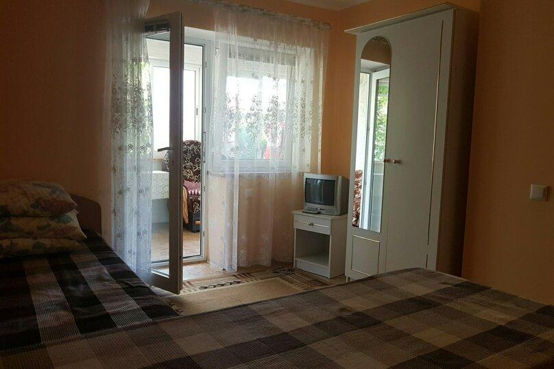 Гостевой дом Лето, Первомайская улица, 14 на 20 комнат - Фотография 19