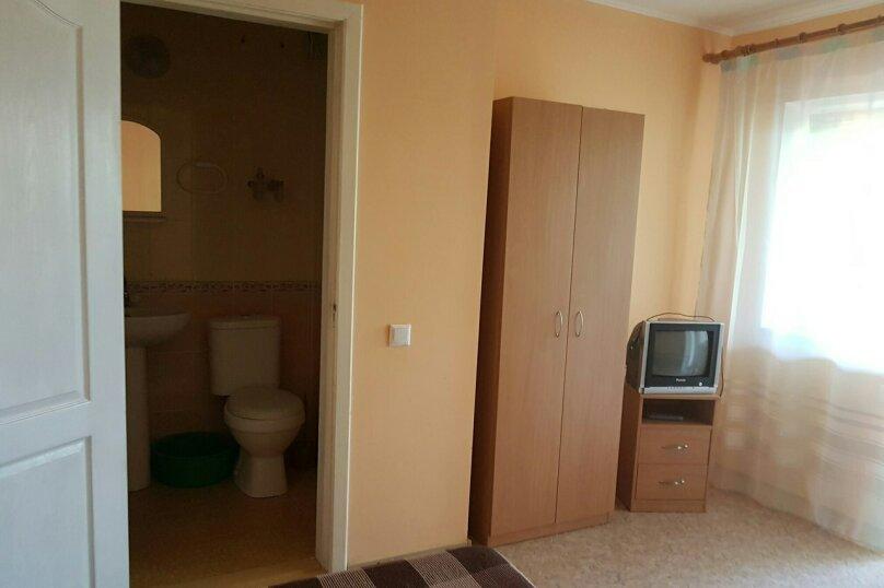 Гостевой дом Лето, Первомайская улица, 14 на 20 комнат - Фотография 23