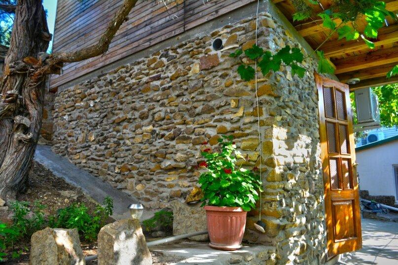 Двухуровневый деревянный домик со всеми удобствами, 13 кв.м. на 2 человека, улица Голицына, 12, Новый Свет, Судак - Фотография 1