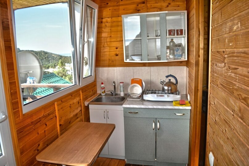 Двухуровневый деревянный домик со всеми удобствами, 13 кв.м. на 2 человека, улица Голицына, 12, Новый Свет, Судак - Фотография 6
