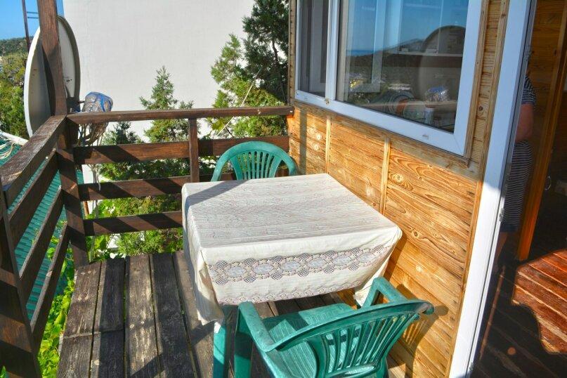Двухуровневый деревянный домик со всеми удобствами, 13 кв.м. на 2 человека, улица Голицына, 12, Новый Свет, Судак - Фотография 10