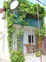 Дом, 40 кв.м. на 4 человека, 1 спальня, улица Пушкина, Евпатория - Фотография 1