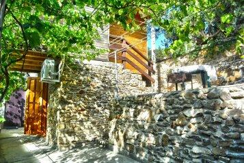 Двухуровневый деревянный домик со всеми удобствами, 13 кв.м. на 2 человека, улица Голицына, Новый Свет, Судак - Фотография 2