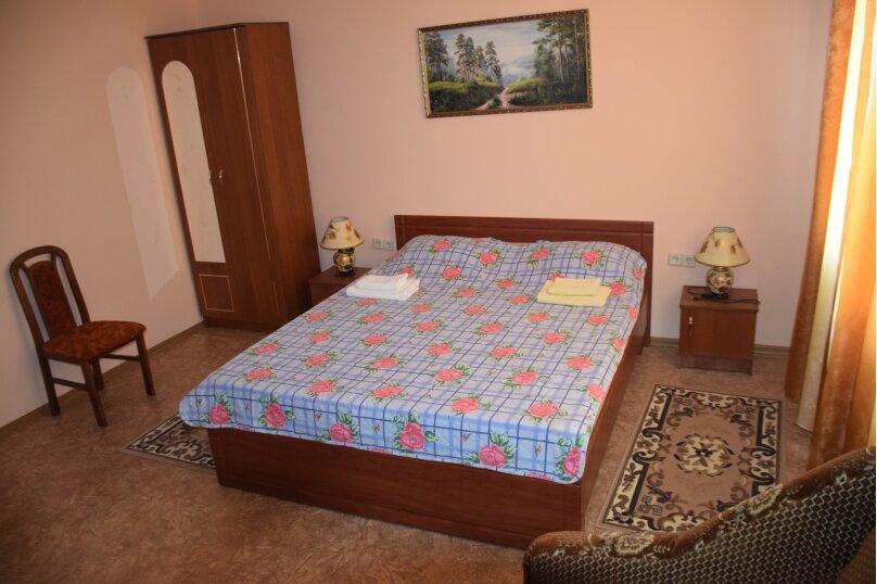 """Гостевой дом """"На Морской 38"""", Морская улица, 38 на 8 комнат - Фотография 239"""