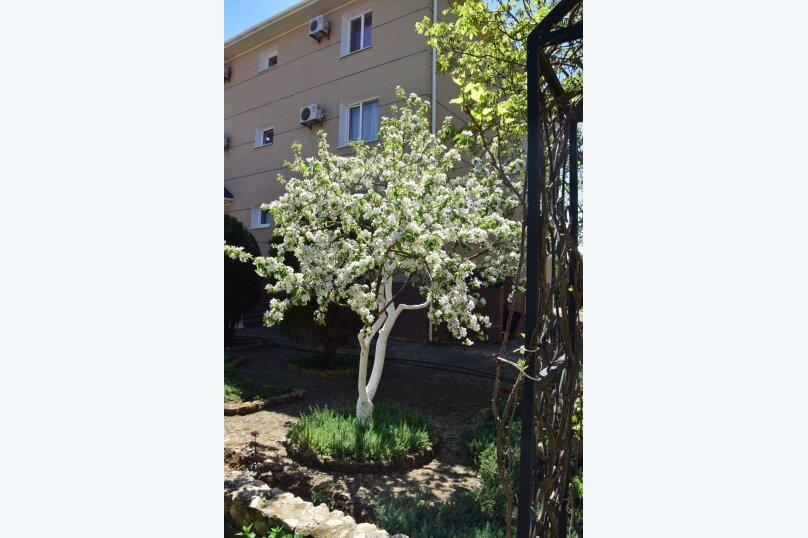 """Гостевой дом """"На Морской 38"""", Морская улица, 38 на 8 комнат - Фотография 83"""