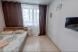 1-комн. квартира, 28 кв.м. на 3 человека, Охтинская аллея, Санкт-Петербург - Фотография 1