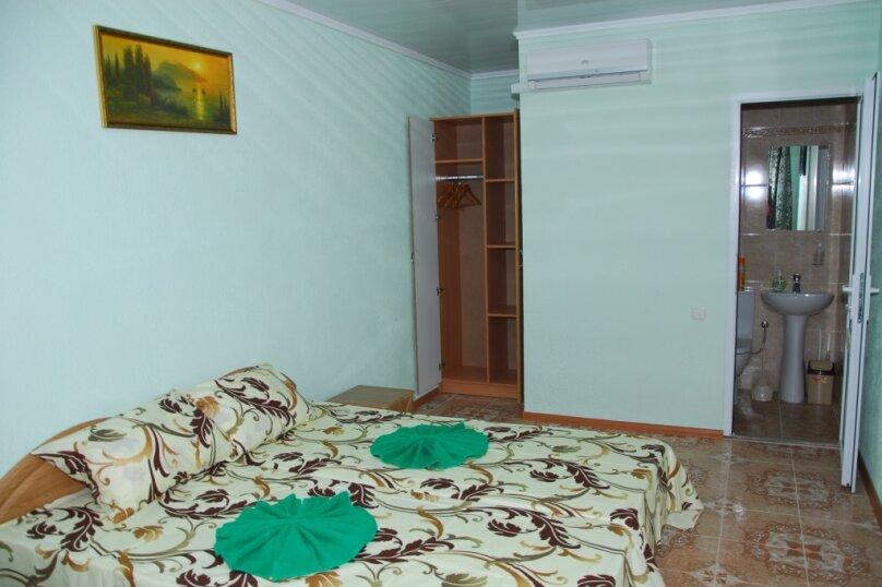 """Мини-отель """"Пансион Кафа"""", улица Листовничей, 24 на 26 комнат - Фотография 30"""