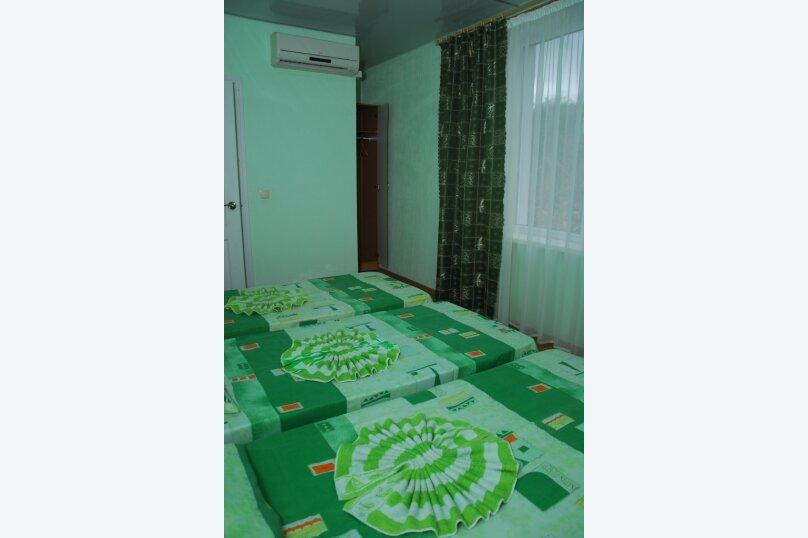 """Мини-отель """"Пансион Кафа"""", улица Листовничей, 24 на 26 комнат - Фотография 26"""