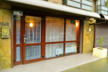 Гостевой дом, улица Лермонтова на 16 номеров - Фотография 1
