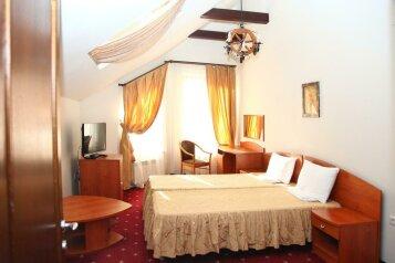 Дом на 21 человек, 7 спален, Эстонская улица, Красная Поляна - Фотография 2