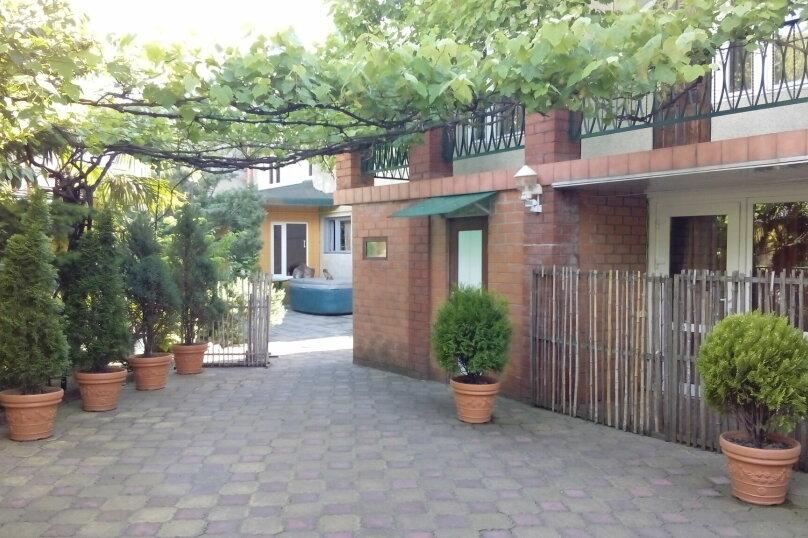 Гостевой дом Чепурова, Алычевый переулок, 1 на 15 комнат - Фотография 7