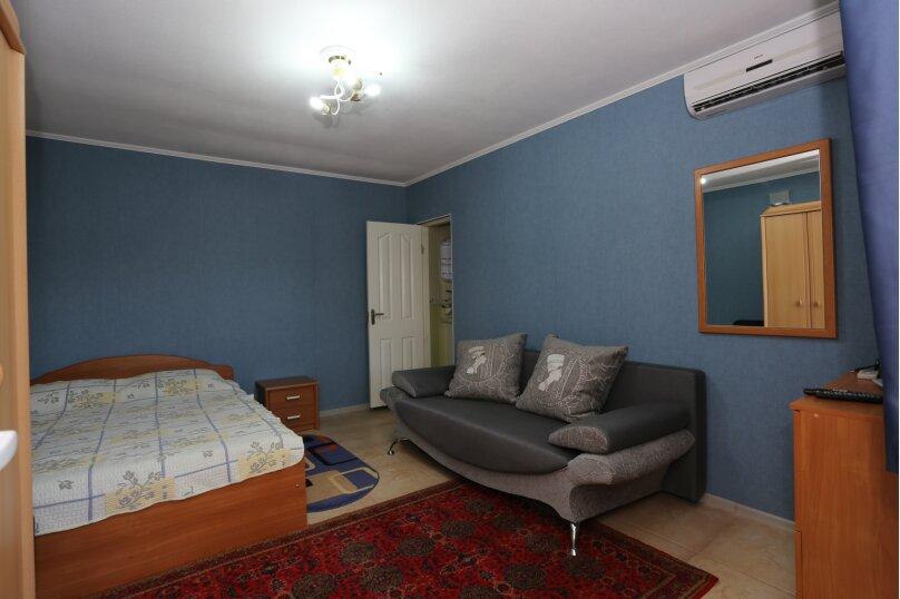 Отдельная комната, Морская, 19, поселок Орджоникидзе, Феодосия - Фотография 1