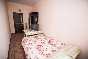 3-комн. квартира, 70 кв.м. на 7 человек, Красный спуск, Новочеркасск - Фотография 3