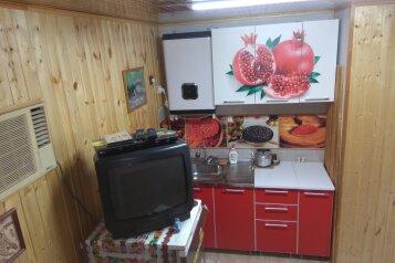 Домик, 36 кв.м. на 6 человек, 1 спальня, станица Шапсугская, ул. Кузнечная, Абинск - Фотография 4