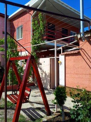 """Гостевой дом """"Veta"""", переулок 3-ого Интернационала, 6 на 5 комнат - Фотография 1"""