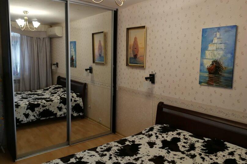 2-комн. квартира, 55 кв.м. на 5 человек, проспект Героев Сталинграда, 17, Севастополь - Фотография 3