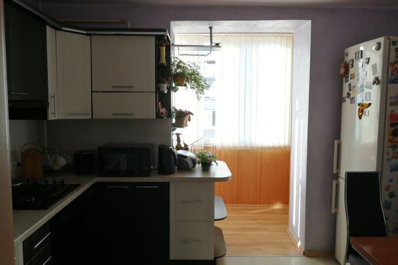 2-комн. квартира, 55 кв.м. на 5 человек, проспект Героев Сталинграда, 17, Севастополь - Фотография 6