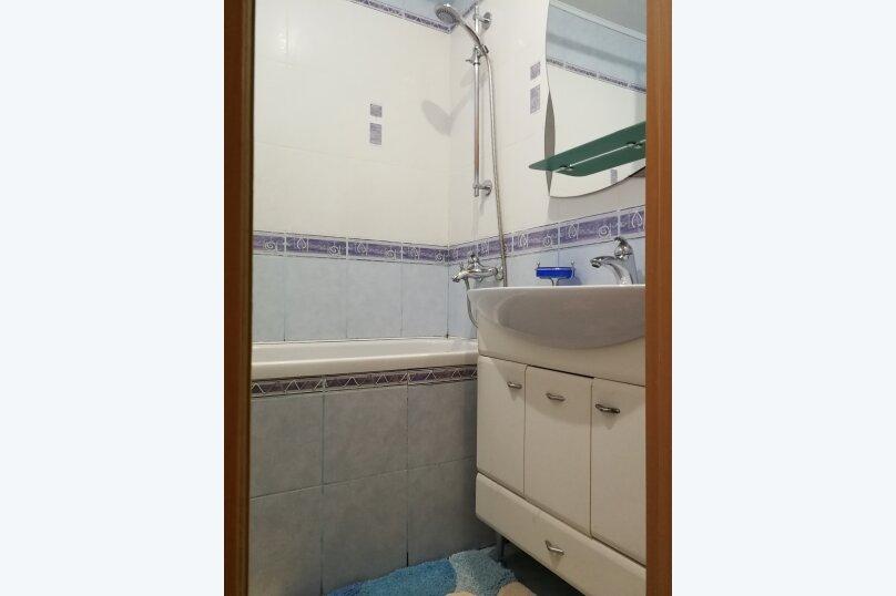 2-комн. квартира, 55 кв.м. на 5 человек, проспект Героев Сталинграда, 17, Севастополь - Фотография 13