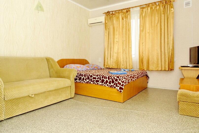 """Гостевой дом """"Сабина"""", Парниковая улица, 2 на 9 комнат - Фотография 9"""