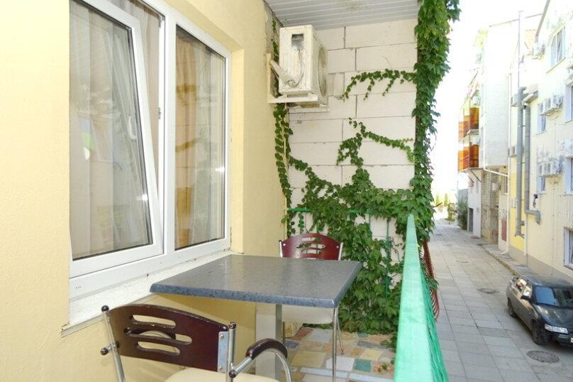"""Гостевой дом """"Сабина"""", Парниковая улица, 2 на 9 комнат - Фотография 12"""