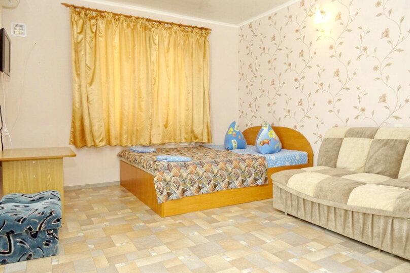"""Гостевой дом """"Сабина"""", Парниковая улица, 2 на 9 комнат - Фотография 13"""