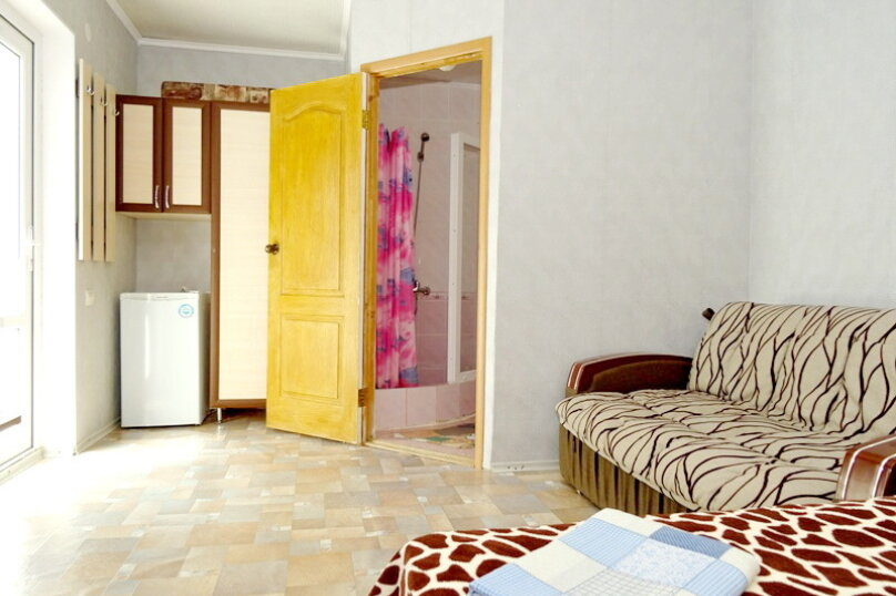 """Гостевой дом """"Сабина"""", Парниковая улица, 2 на 9 комнат - Фотография 17"""