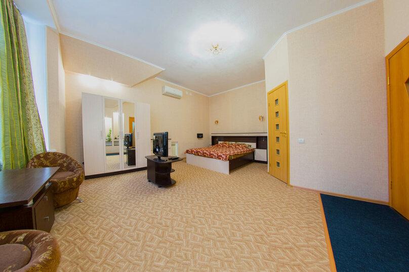 Апартамент трехместный, Дачная улица, 4А на 5 комнат - Фотография 1