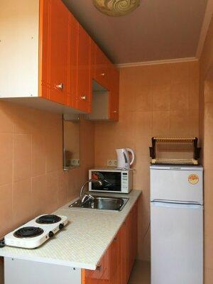 Сдам домик на 1-3 чел. , 25 кв.м. на 3 человека, 1 спальня, улица Розы Люксембург, 30, Алупка - Фотография 1