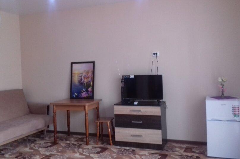 """Гостевой дом """"Ксения"""", улица Спендиарова, 10 на 3 комнаты - Фотография 65"""