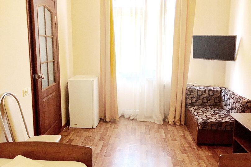 """Гостевой дом """"Саттва"""", Весёлая улица, 86А на 21 комнату - Фотография 13"""
