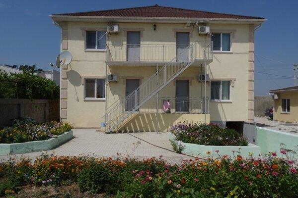 Гостиница, Севастопольская улица, 23 на 8 номеров - Фотография 1