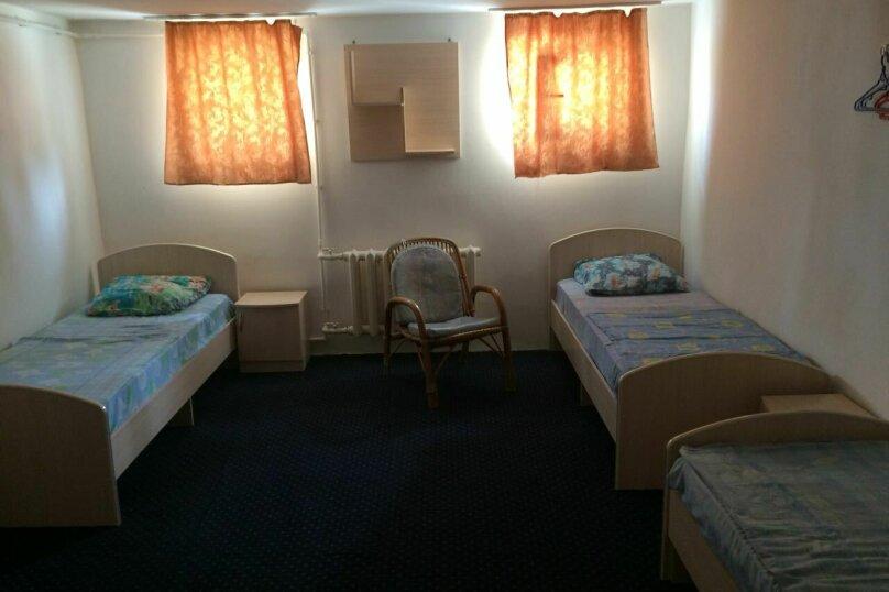 Четырехместный номер с общей ванной комнатой, Православная улица, 5/2, Адлер - Фотография 1