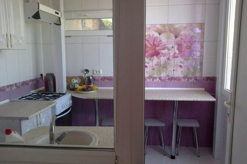 Гостиница 831212, улица Ленина, 130 на 2 комнаты - Фотография 5