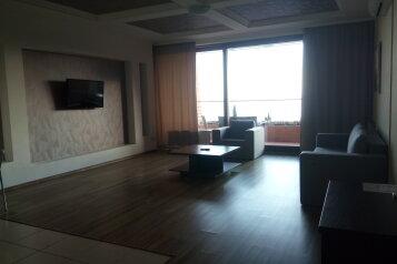 2-комн. квартира, 88 кв.м. на 4 человека, улица Строителей, 3, Гурзуф - Фотография 2